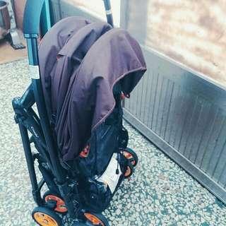 二手combi輕量推車  詳細資訊  Combi Well Comfort EG 雙向嬰兒手推車-繽紛橘