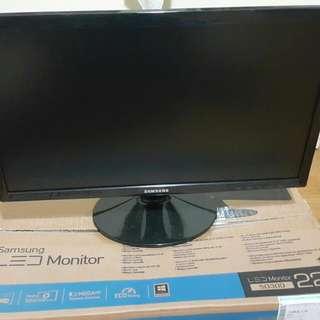 Samsung 22吋LED電腦螢幕 完整盒裝(S22D300)
