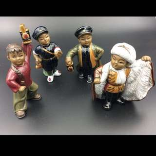 CR Shiwan Figurines Set