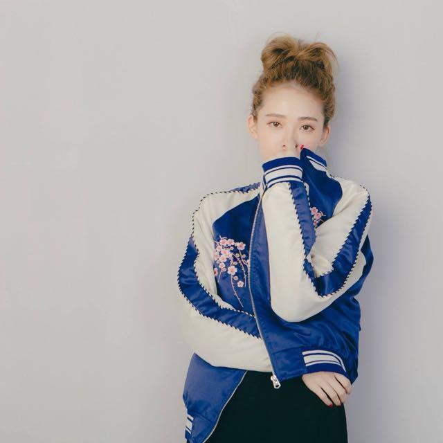 韓國 櫻花刺繡外套