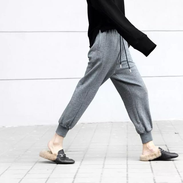 抽繩灰色運動棉褲