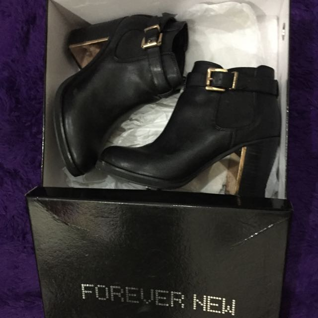 Forevernew Boots