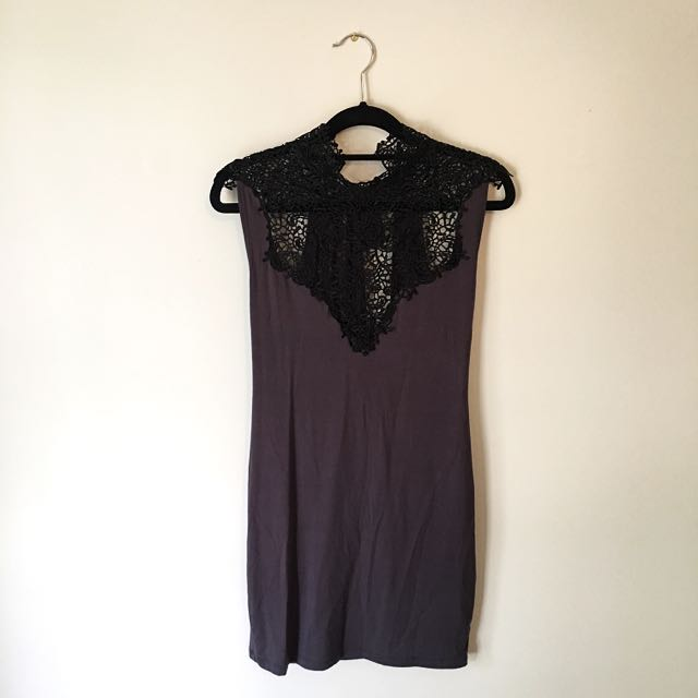 NEW Dress With Lace Detail. Size S/M.