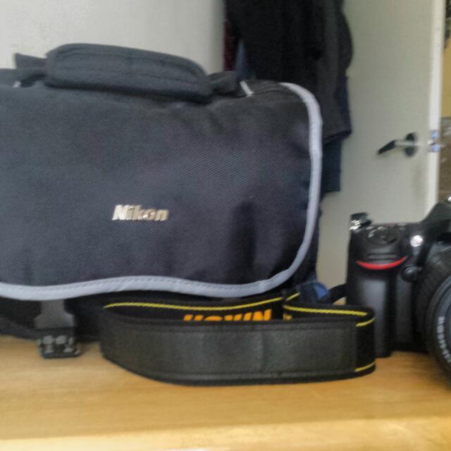 Nikon D7100 W/ 18-140 VR Lens