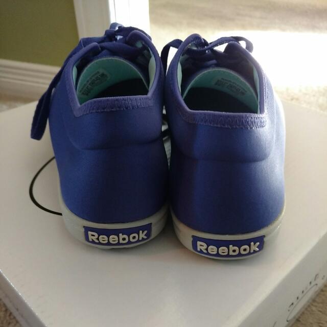 Size 9.5 Purple Reebok new!