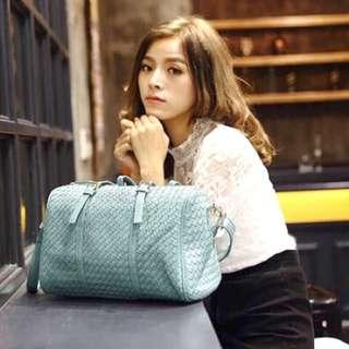 🚚 (現貨)波士頓編織包 枕頭包 手拿包 斜背包 側背包 大容量包包(現貨出清)售完為止