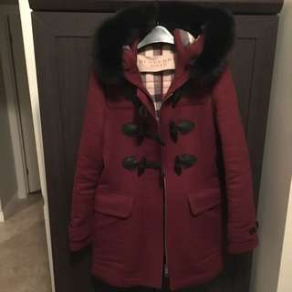Womens Traditional Fitted Burberry Coat In Wine With Fur Hood