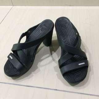 Crocs Cyprus IV Heel in Black