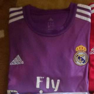 Real Madrid Goalkeeper 2013/14 Jersey