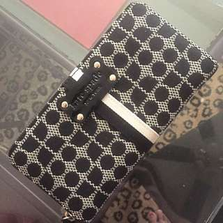 *Reserved *Authentic Kate spade Wallet