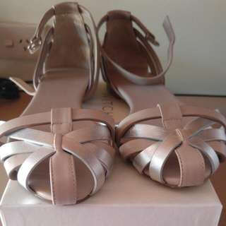 Witchery Shoes Size 37