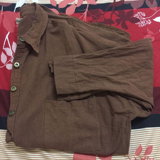 褐色長版襯衫外套