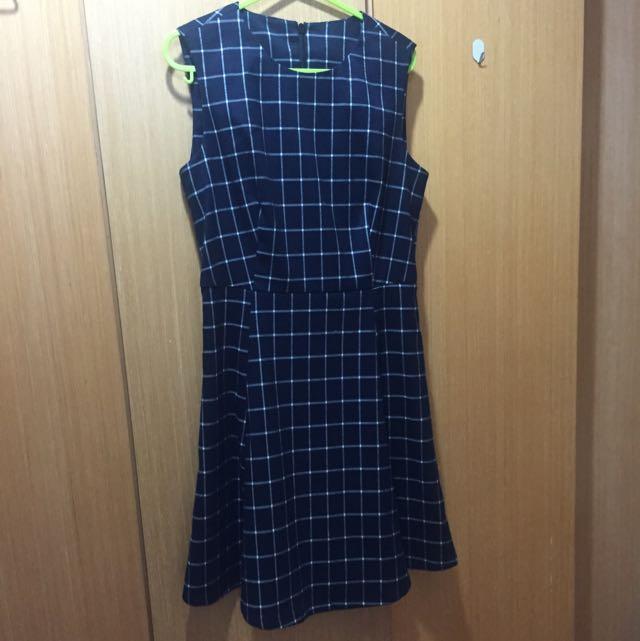全新格子洋裝