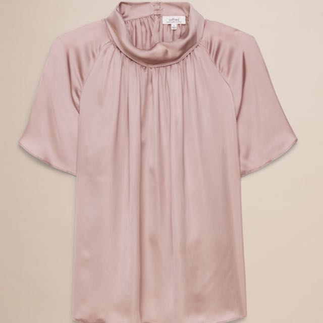 Aritzia Wilfred XS Satin Top