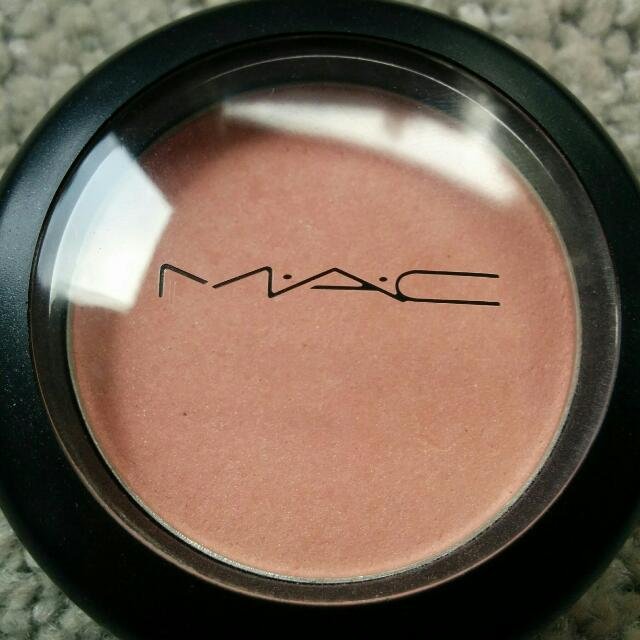 Authentic Mac Blush - Well Dressed