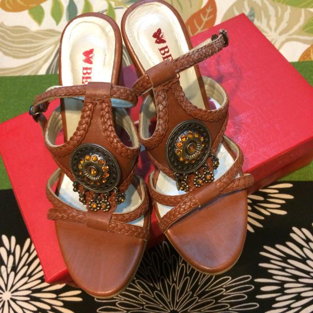 Beso 民族風 跟鞋 6號 咖啡色