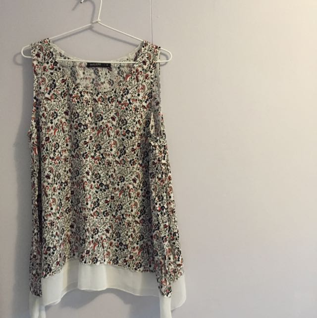 Brand New David Jones Paisley Top