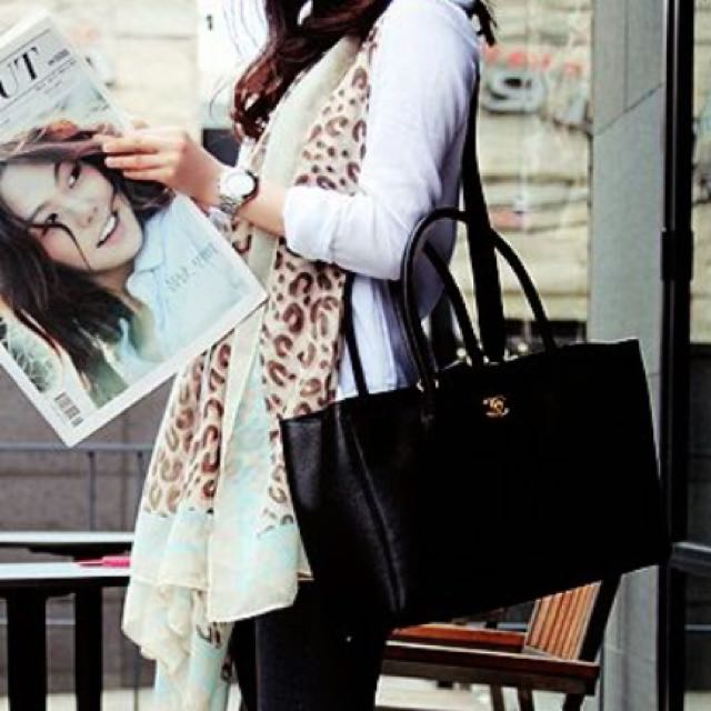 e7f6f1efe69b Sold ) CHANEL Executive Cerf Tote Bag In Black CAVIAR Leather & GHW ...
