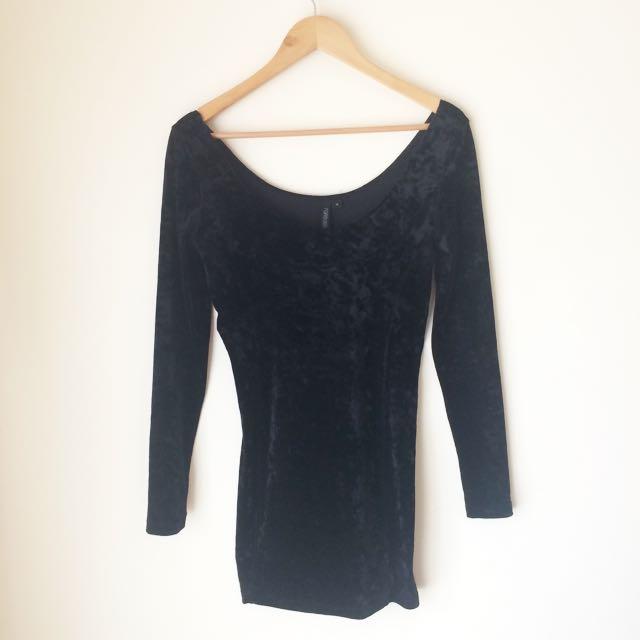 Forever New 'Velvet Body Con Long Sleeve Dress'