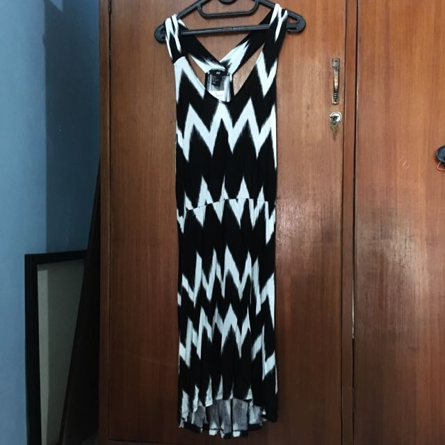 HnM Black Chevron Dress