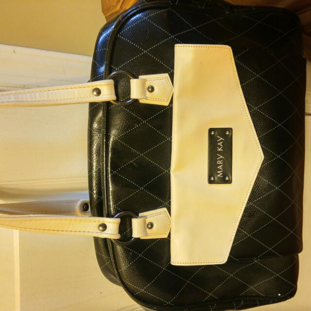 Mary Kay Bag,good for Travelling