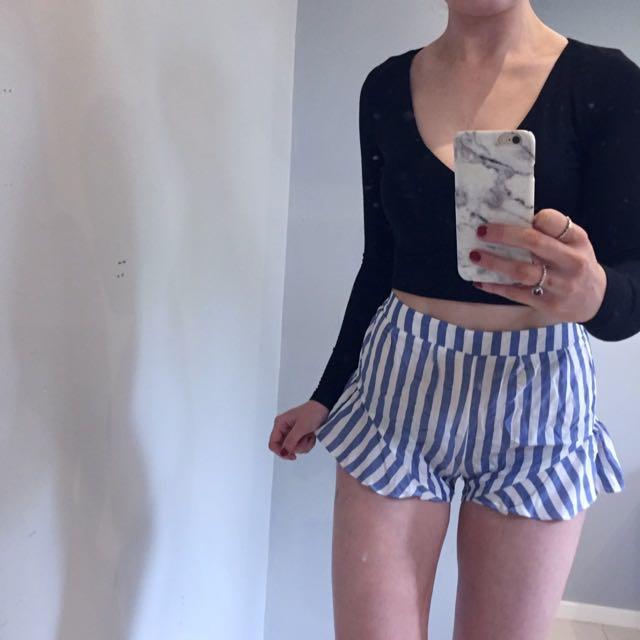Tigermist Ruffle Shorts