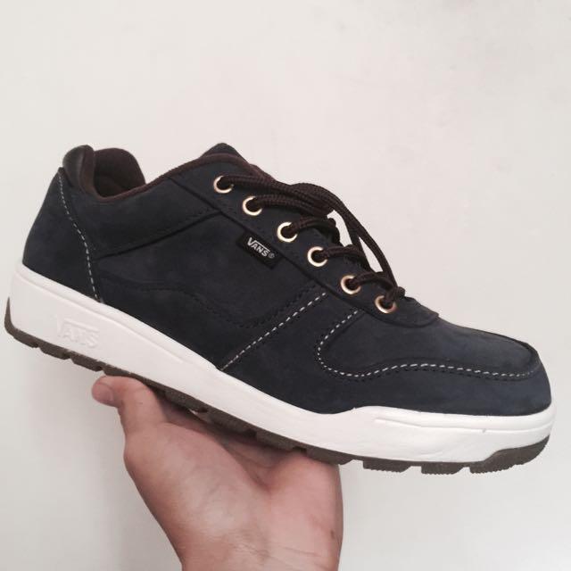 dca92413ab6f Vans Winter Shoes