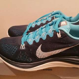 Brand New NIKE Lunarglide 5 Running Shoes