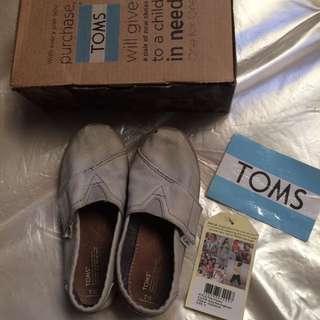 TOMS Tiny