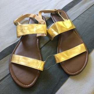 Gold Sandals Size 8