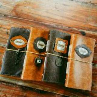 D. FREE SHIPPING midori journal with penloops