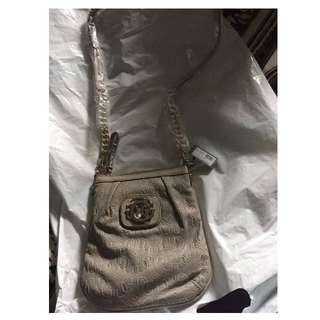 original guess shoulder handbag