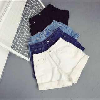 [BNWT] White Denim Shorts
