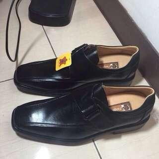 全新 男皮鞋 皮鞋
