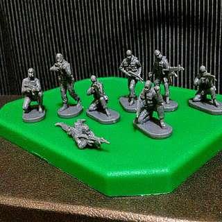 反恐士兵袖珍模型