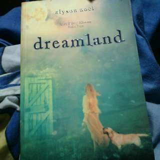 Novel Dreamland