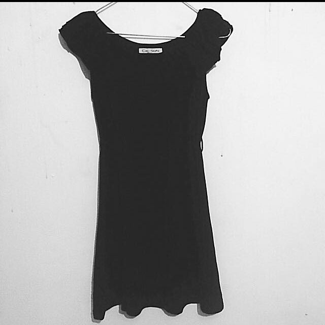 [ Preloved ] Chic Simple Dress