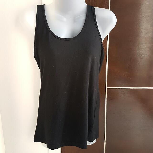 Apostrophe Sleeveless Top