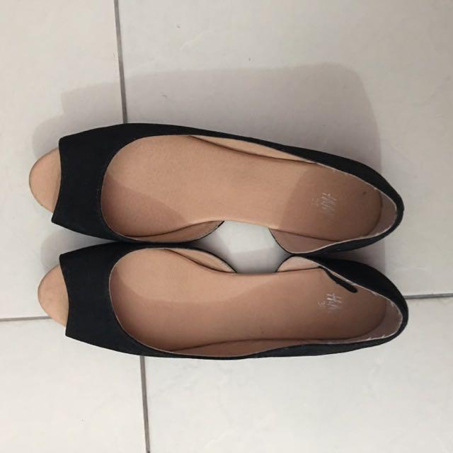 Black Shoes 👠🌚☑️✔️