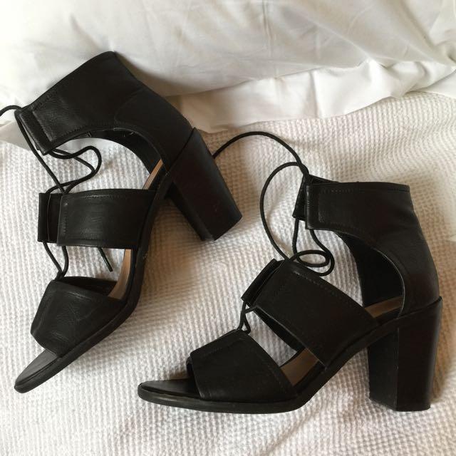 🔒Block heels!