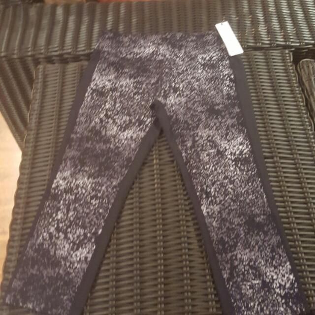 Calvin Klein Gym Tights Size M
