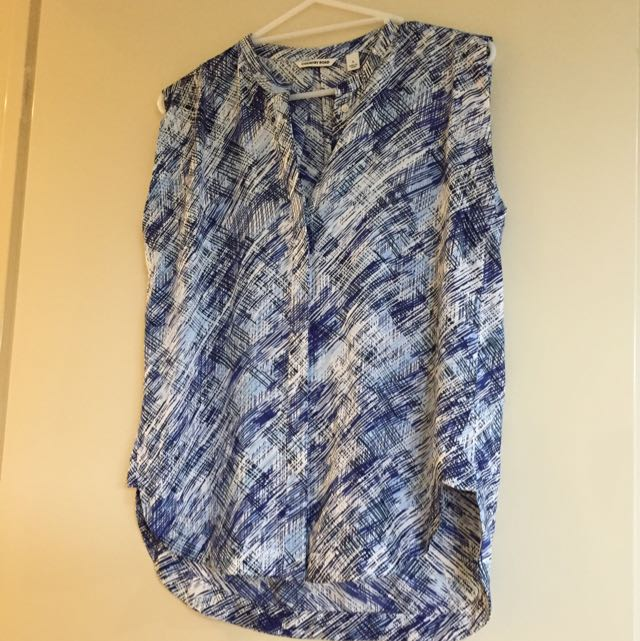 Country Road Blue/white Sleeveless Shirt