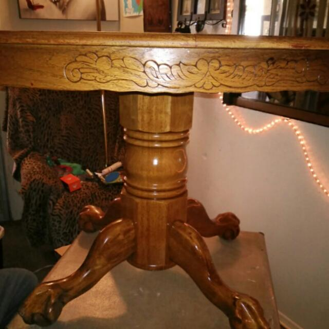 Eagle Claw Table