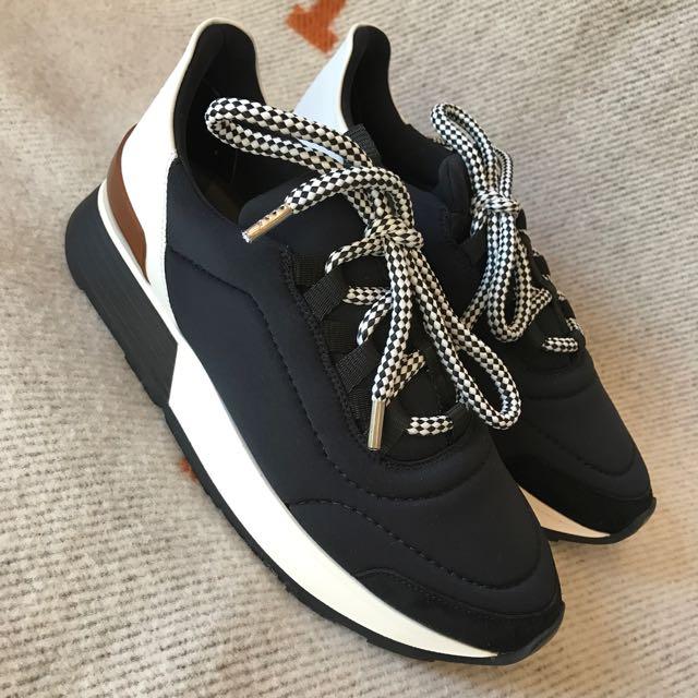 Hermes Miles Sneakers, Luxury