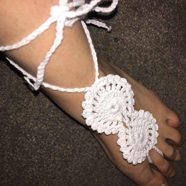 Ishka Barefoot Sandals