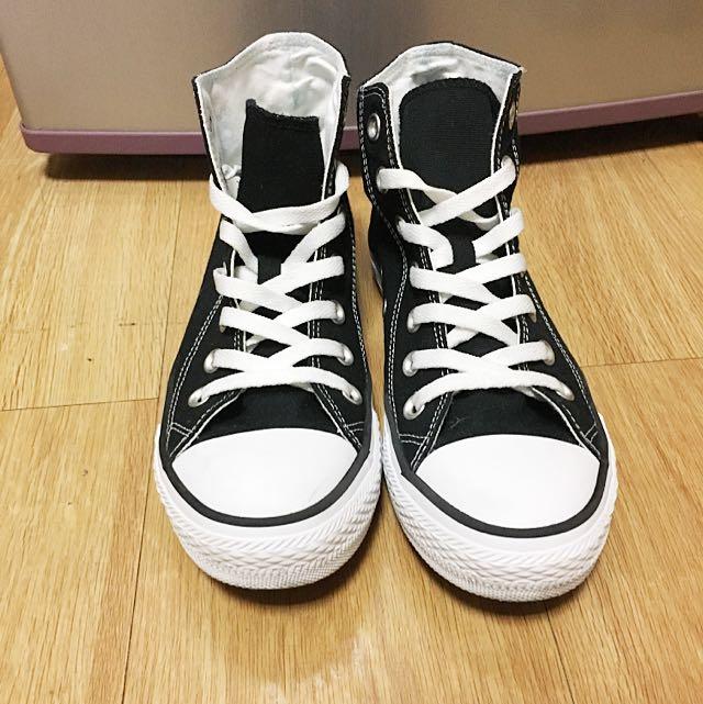 Lativ黑色高筒帆布鞋