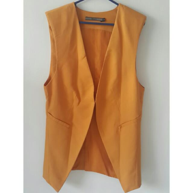 TREATS Women Vest