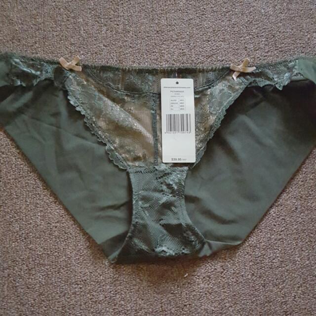 Elle Macpherson Underwear
