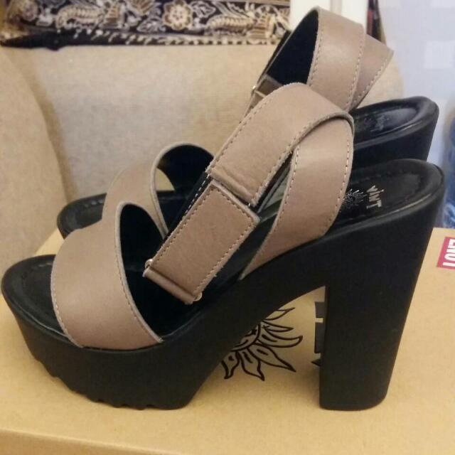 Vintage Wedges Heels