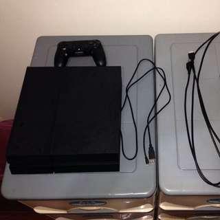 PS4,二代105年9月購入保固內
